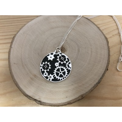 Engrenage pendant with black enamel 25mm sterling silver 925