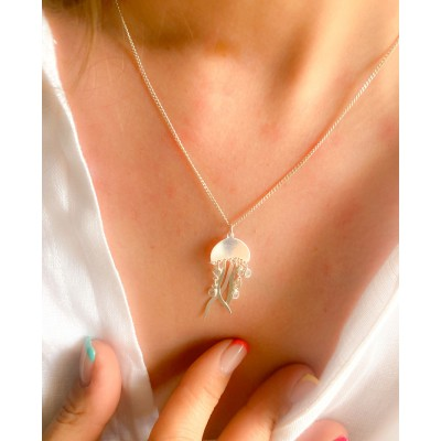 Sterling silver 925 gold-plated jellyfish pendant with zirconias 15 x 10mm